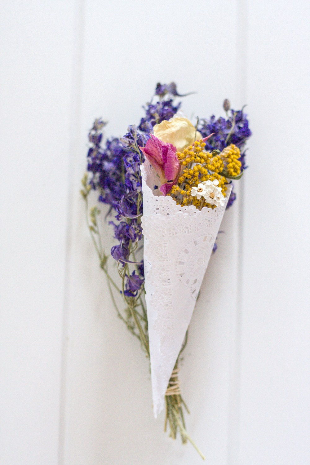 flower confetti cone for wedding ceremony toss