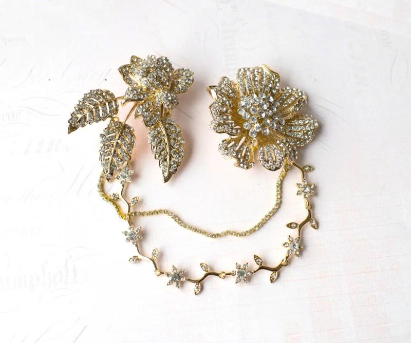 gold hair chains   bridal hair chain   via http://emmalinebride.com/bride/bridal-hair-chain/