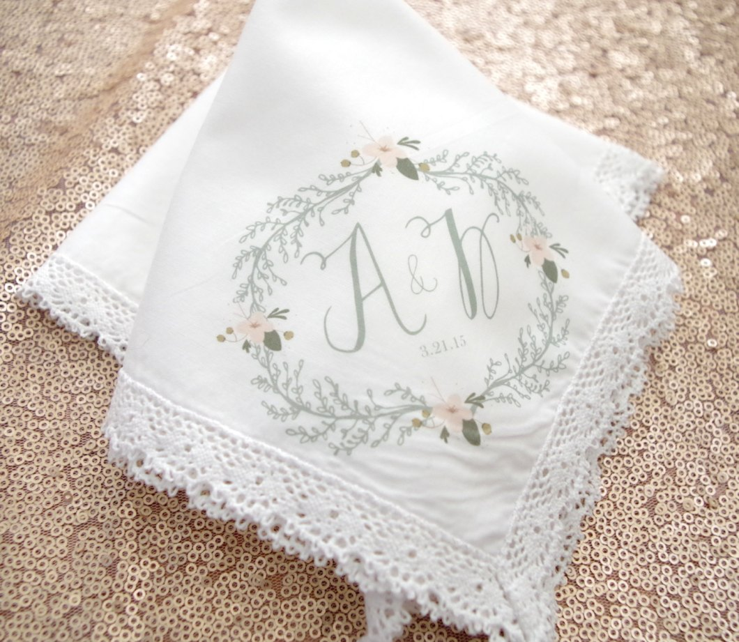 gorgeous floral monogram handkerchief | personalized wedding handkerchiefs | http://emmalinebride.com/gifts/personalized-wedding-handkerchiefs/