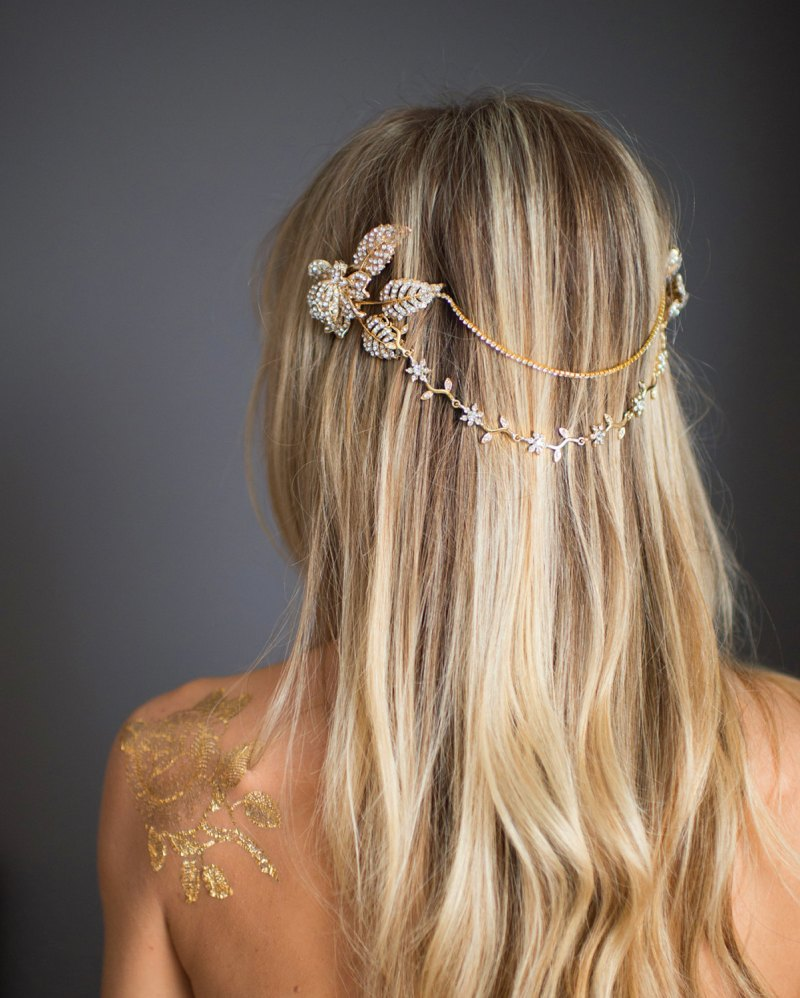 grecian wedding hair chain | bridal hair chain | via http://emmalinebride.com/bride/bridal-hair-chain/