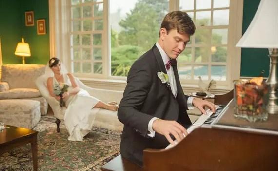 groom-playing-piano-for-bride-boro-photography-emmaline-bride