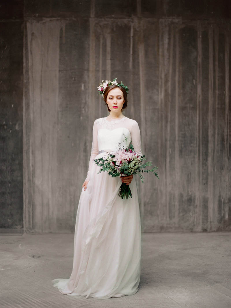 Long Sleeve Dresses Winter Weddings (by Milamira Bridal, Photo: Ksenia Milushkina) | http://emmalinebride.com/bride/dresses-winter-weddings/