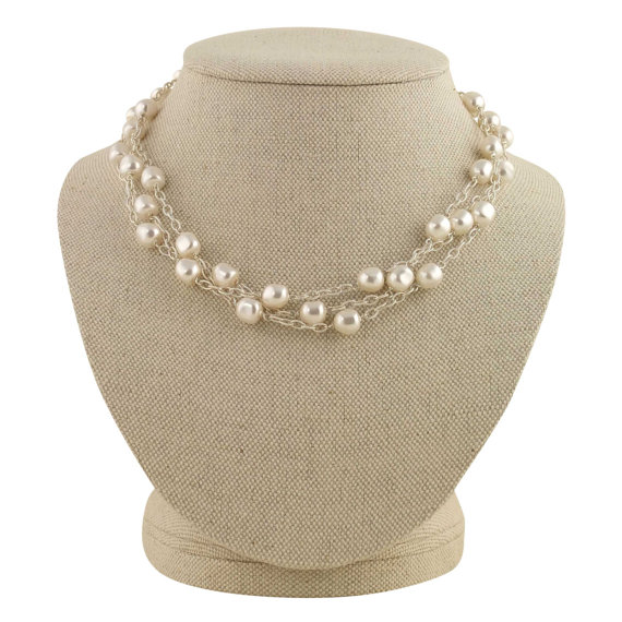 multistrand pearl necklace | pearl necklaces brides http://emmalinebride.com/bride/pearl-necklaces-brides/