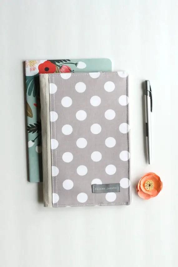 notepad organizer in polka dot   via polka dot wedding ideas http://emmalinebride.com/themes/polka-dot-wedding-ideas-handmade/