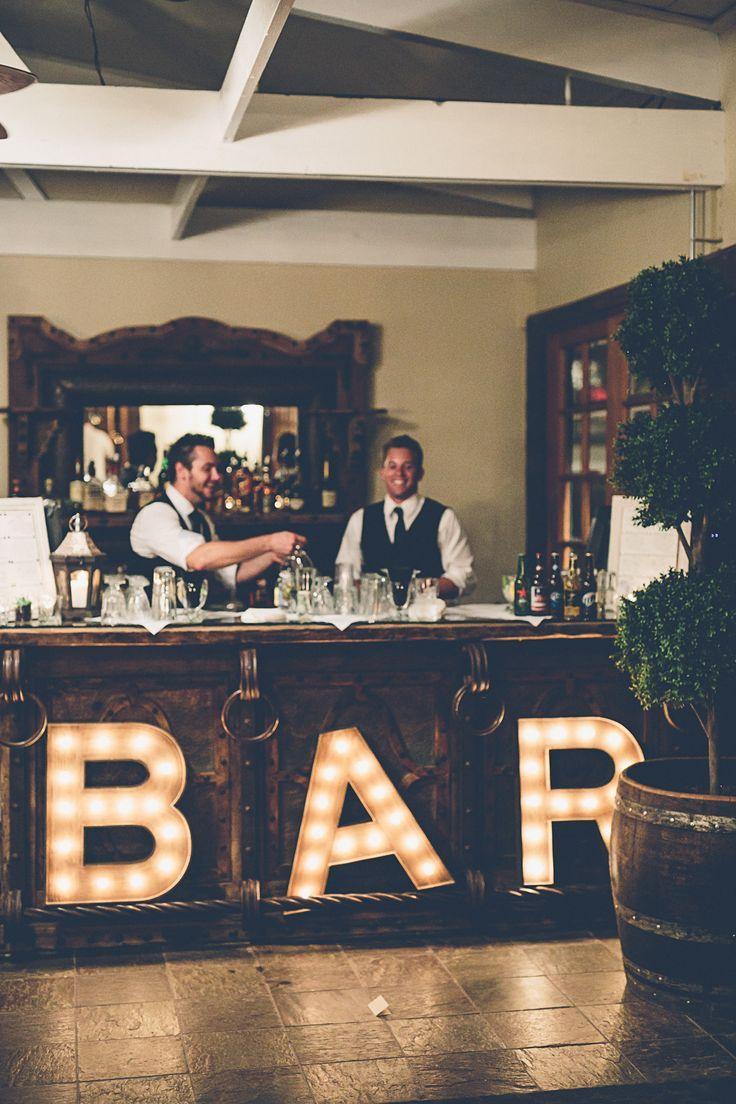 Open Bar Set Up for Wedding | photo: gina and ryan | http://emmalinebride.com/planning/cost-bar-weddings/