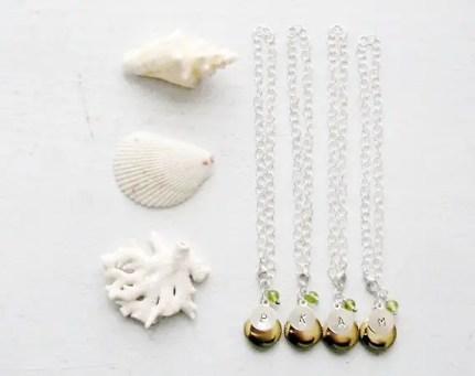 personalized-bridesmaid-lockets