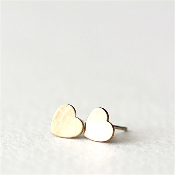 petite heart earrings gold