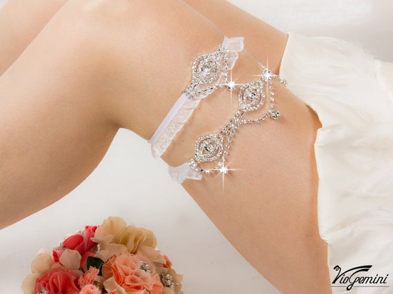 rhinestone garters via Where to Measure for a Garter from EmmalineBride.com
