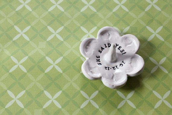 8 Creative Ring Holders (ring dish by Miss Pottery)