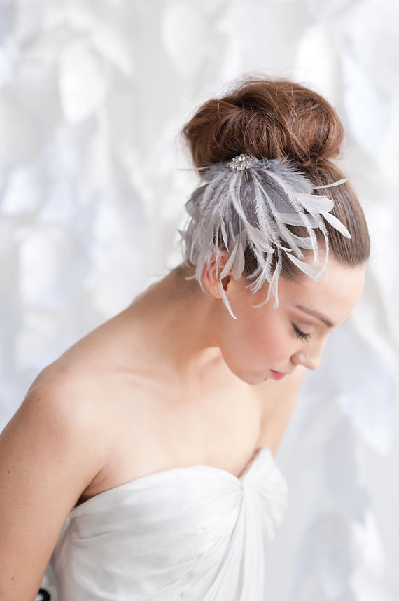 How to Rock a No Veil Wedding Look (via EmmalineBride.com) - feather hair clip by Tessa Kim, photo by Candice Benjamin