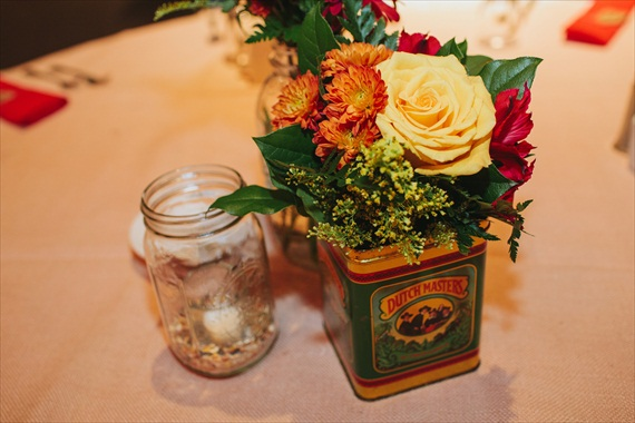 DIY Fall Wedding - Photo by Noelle Ann Photography - #vintage #tea #tin #centerpiece