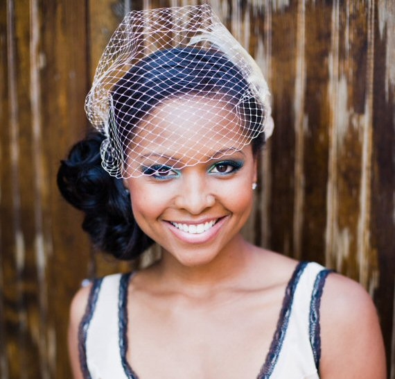 How to Wear a Birdcage Veil (veil by Vanilla Hue)