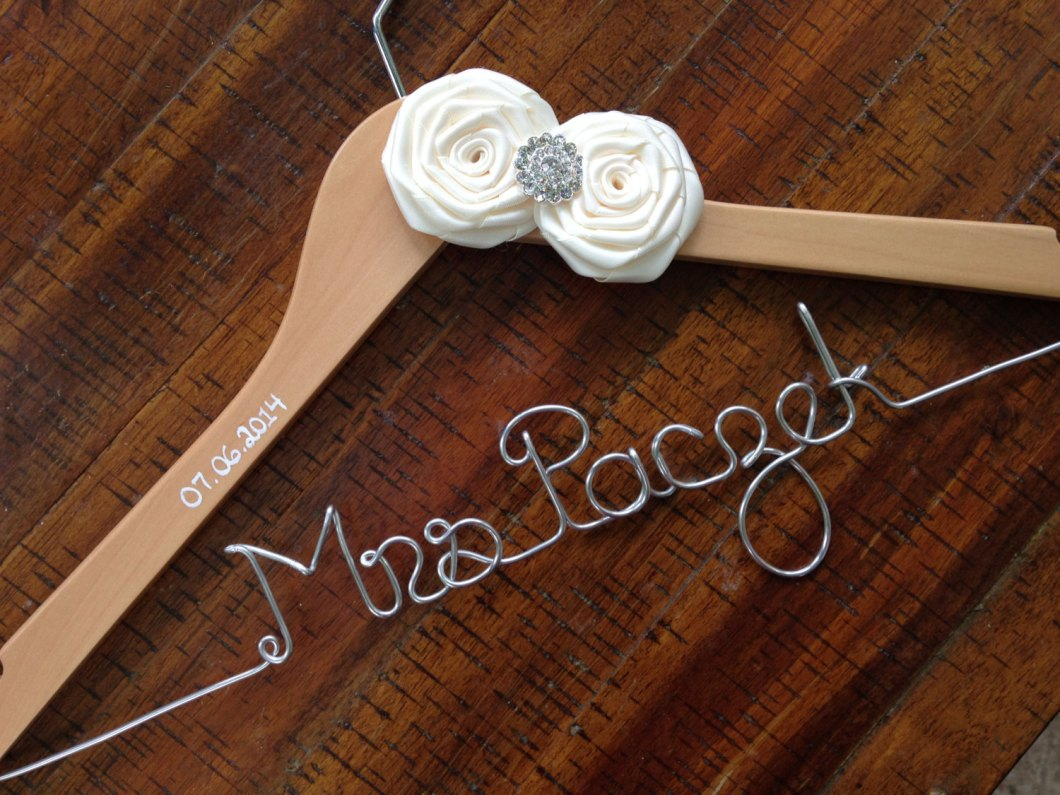 wedding-dress-hanger-with-name-and-date