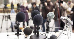 Media+-+press+conference++(shutterstock)