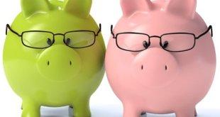 Zwei Sparschweine mit Brillen