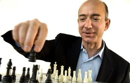 jeff-bezos-plays-chess