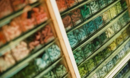Pantone swatch – Kodak ProImage 100 (35mm)