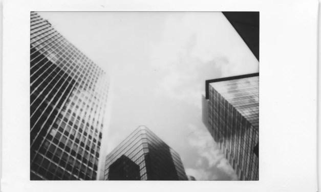 Instax モノクローム +  Leica ゾフォート コンペティション