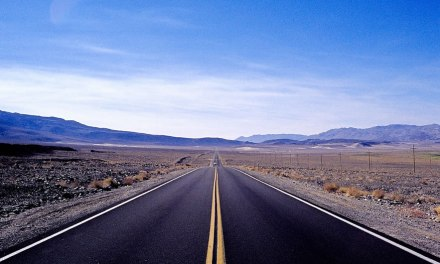 Death Valley Approach #02 – Kodak EKTACHROME 100VS – E100VS (135)