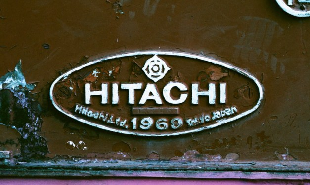Hitachi 1969 – Lomography Purple XR 100-400 (35mm)