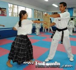 DSCN3229_Proyecto-Coban_Taekwondo-Guatemala-415x382
