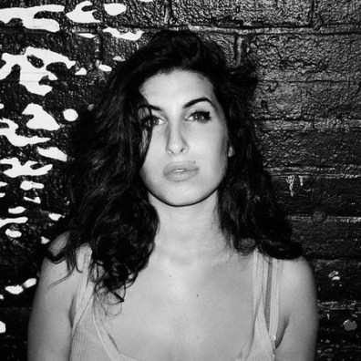 amy-winehouse-ozon-03