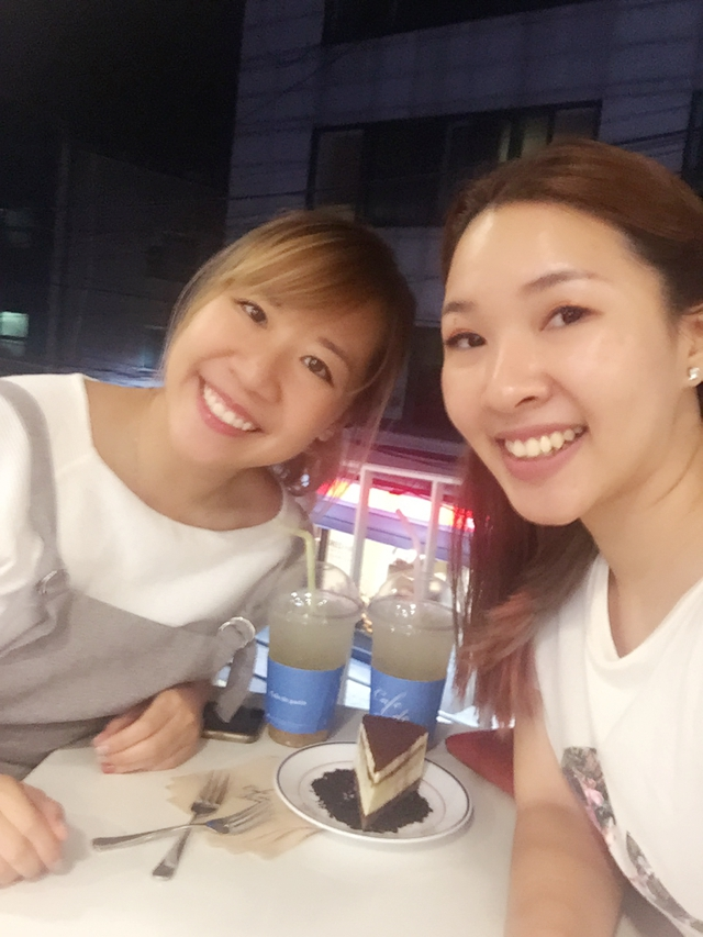 hongdae-shopping-night-out-best-of-seoul-korea-food-and-culture-enabalistah-campina-watch-review-enabalista_0008