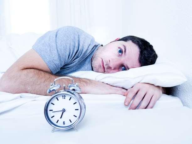 Η μέθοδος 4-7-8 για να κοιμηθείτε σε μόλις 1 λεπτό!