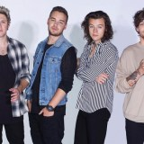 One Direction - Drag Me Down Official Lyrics