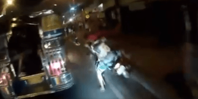 viral-motor-chase-leads-snatchers-slamming-into-jeepney-but-suspects-escaped