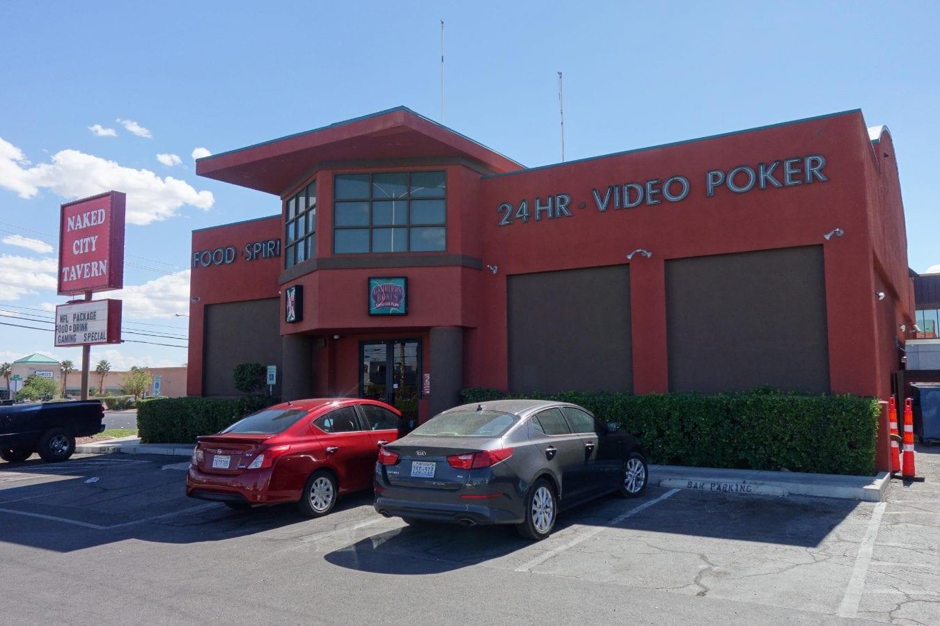 Naked City Tavern: A Las Vegas, NV Restaurant - Thrillist