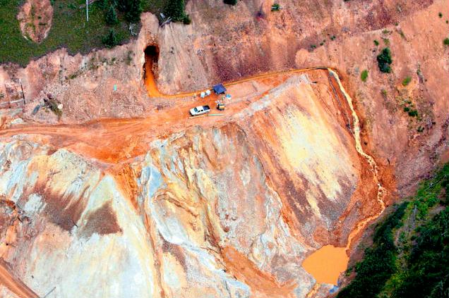 Aerial photo of waste water rushing out of the Gold King mine in Silverton, CO. Photo: Steve Garrison/The Daily Times