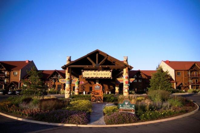 great-wolf-lodge-outside