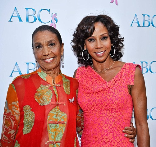 Holly Robinson Peete & her Mom, Dolores Robinson