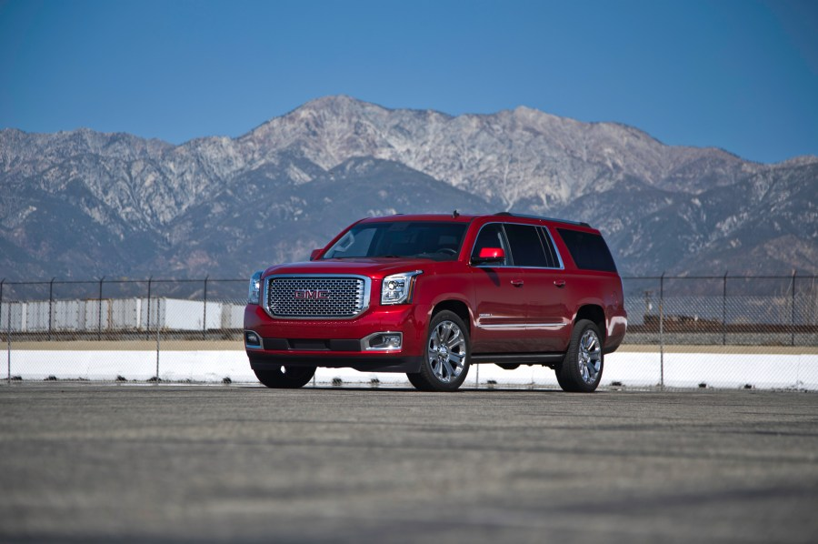 2015 Chevrolet Suburban  GMC Yukon Denali XL First Test   Motor Trend 2015 Chevrolet Suburban  GMC Yukon Denali XL First Test
