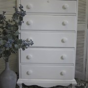 white rock maple dresser