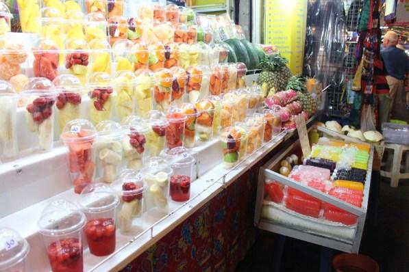 Miam miam les bons fruits frais!