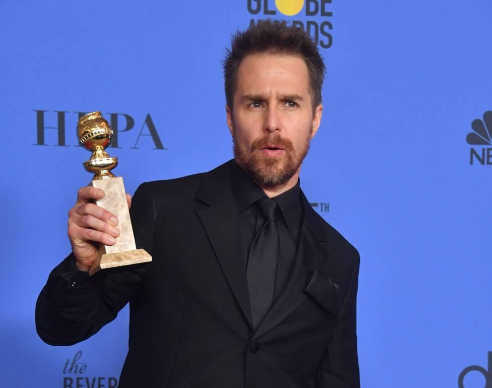 Sam Rockwell posa con su trofeo de mejor actor secundario por 'Tres anuncios a las afueras' de Martin McDonagh.