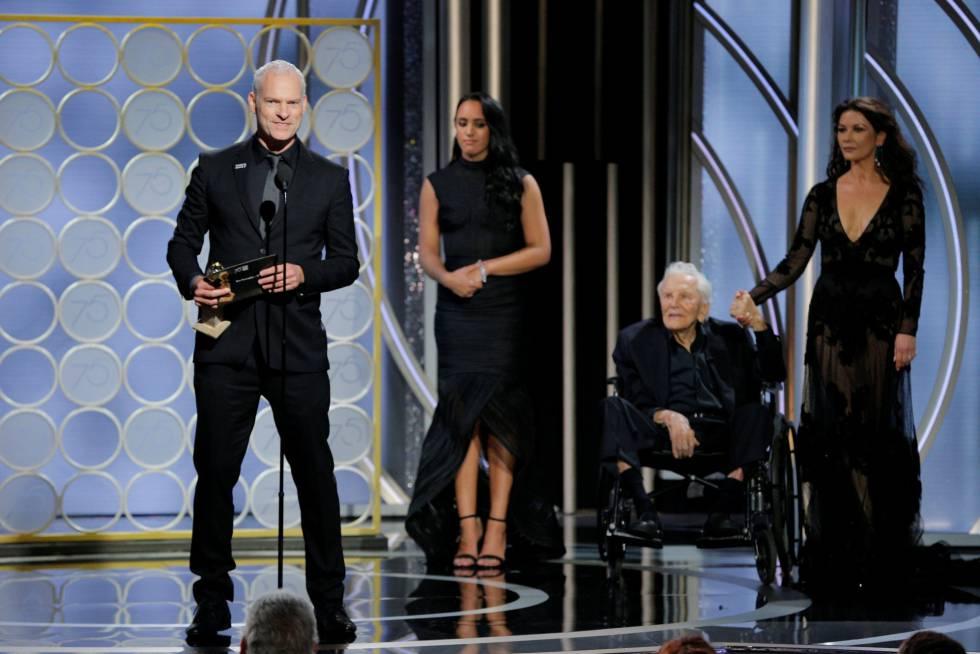 Martin McDonagh recoge su premio a mejor guion por 'Tres anuncios a las afueras'.
