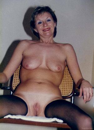 older milf exhibitionist