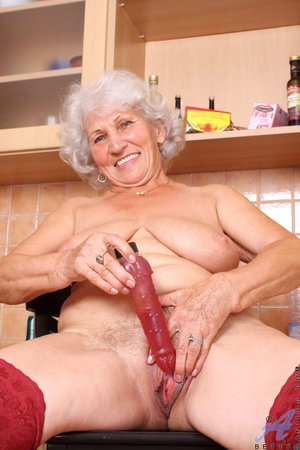 old mature granny upskirts