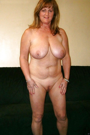mature housewives over 40
