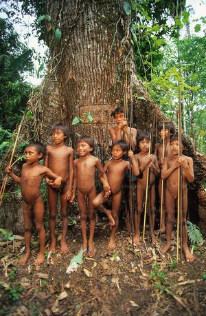 zoe tribe women