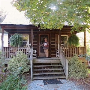 Arrowhead Inn log cabin