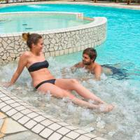 Hotel Corallo: relax, piscina e ristorante a pochi passi dal mare
