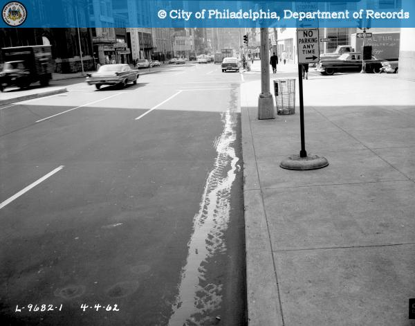 20160119093001 - C-21515 - Bus Stop - West Side of Broad Street at Callowhill Street