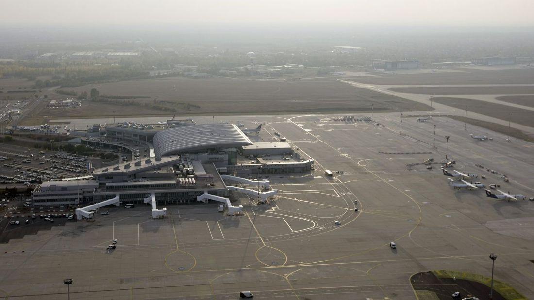 Repülőtéri parkoltatás