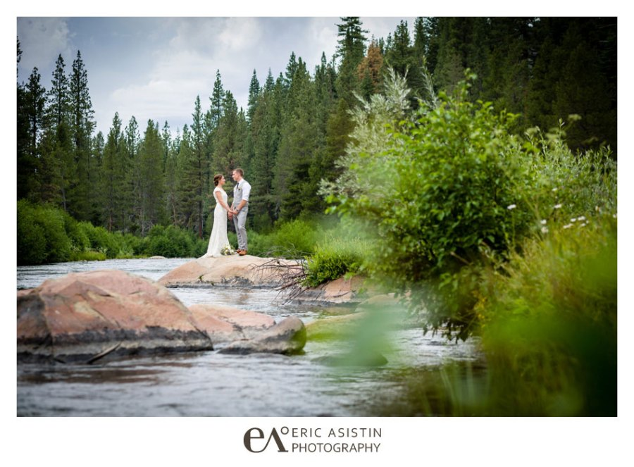 Weddings-on-the-Truckee-River-by-Eric-Asistin-Photography_042