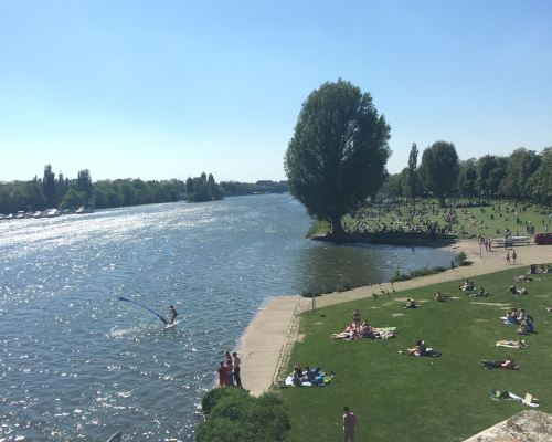 Take a picnic down to the Neckarweise like a local.