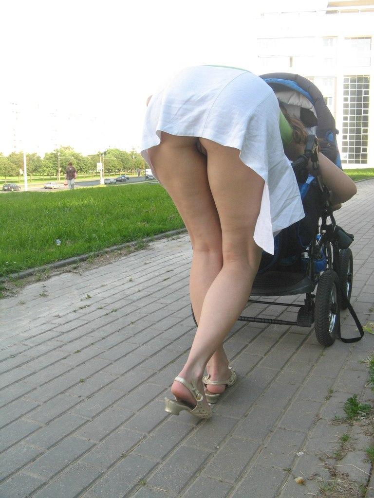 ワイ、ヨメのお母ちゃん友に恋する・・・子連れ妻の無防備さは異常wwwwwwwwww(秘密撮影写真あり)